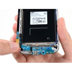Замена нижней платы разъема зарядного устройства Samsung Galaxy S4